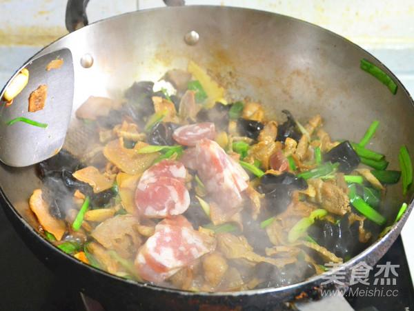 来一盘美味的下饭菜---青蒜腊烧笋干怎么煮