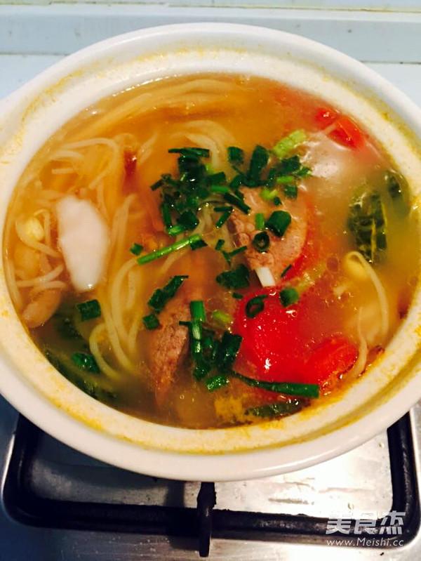 重庆三鲜砂锅米线怎么炒