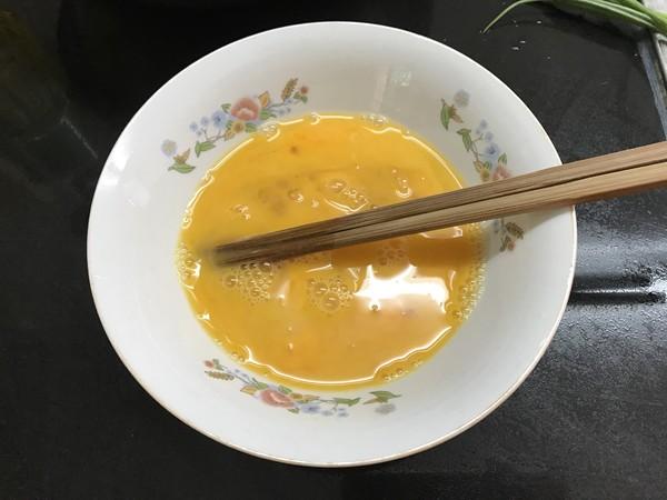银鱼炒蛋的家常做法