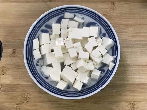 酸黄瓜拌豆腐的家常做法