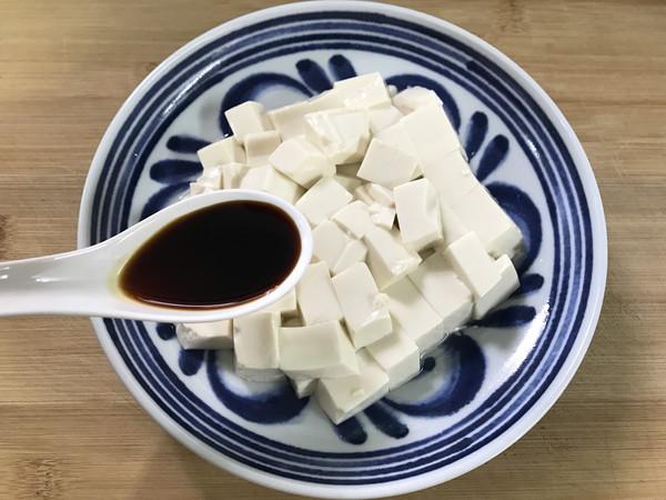 酸黄瓜拌豆腐怎么吃