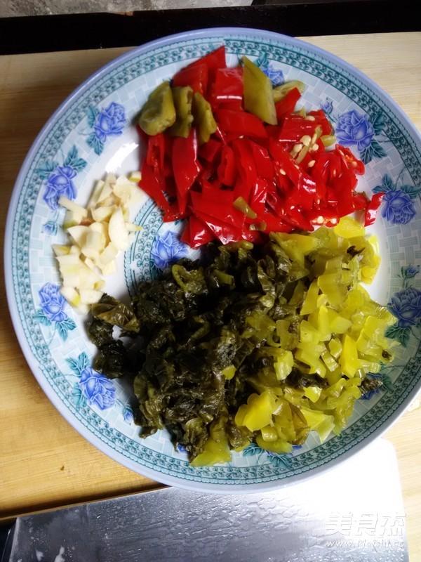 酸菜炒魔芋豆腐的家常做法