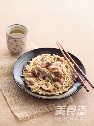 日式金针菇肥牛成品图