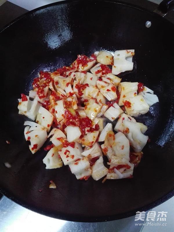 泡椒藕丁的简单做法