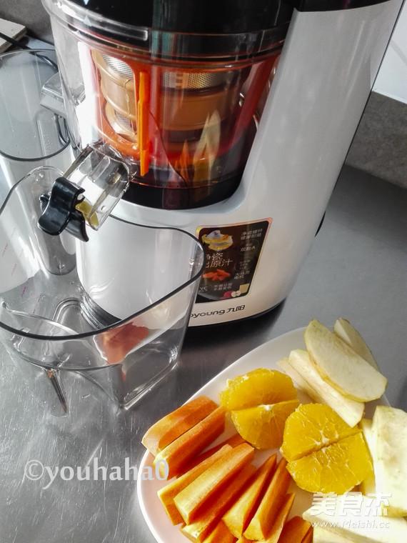 胡萝卜苹果橙汁的做法图解