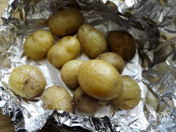 烤香菇小土豆怎么做