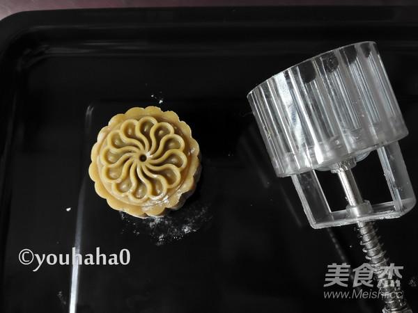 广式蛋黄月饼怎样煸