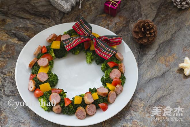 圣诞花环沙拉成品图