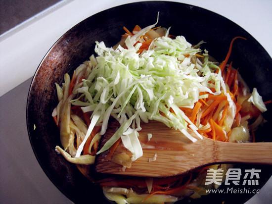 绿咖喱鸡肉卷的简单做法