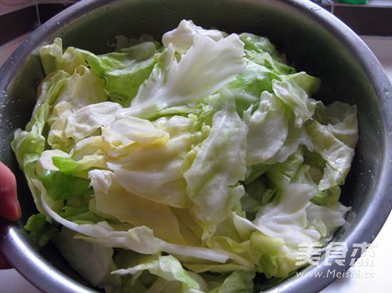 黄金卷心菜泡菜的简单做法