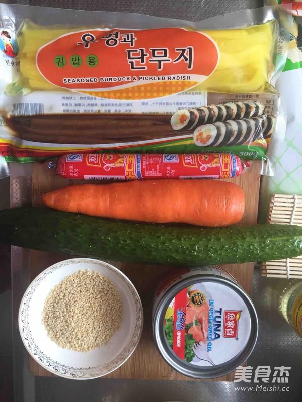 金枪鱼紫菜包饭的做法大全