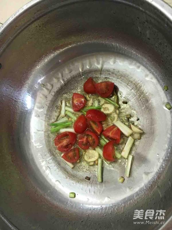 土豆炒粉条的家常做法