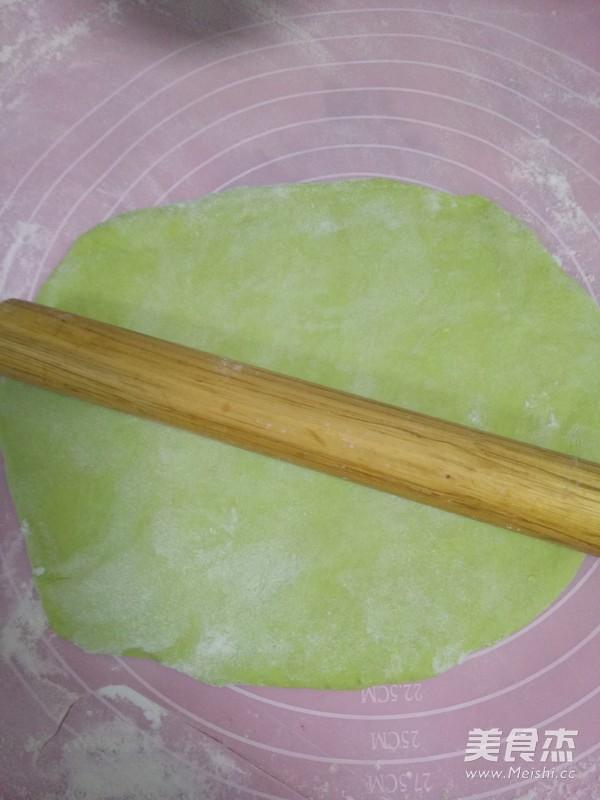 翡翠白菜饺子怎样煸