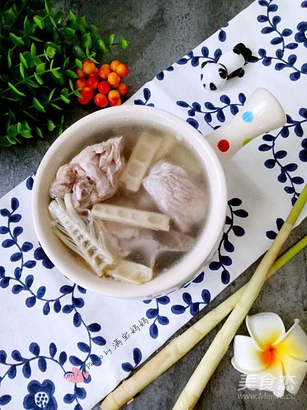 竹笋排骨汤的步骤