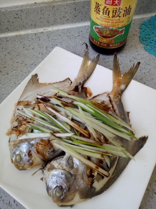 清蒸鲳鱼怎么吃
