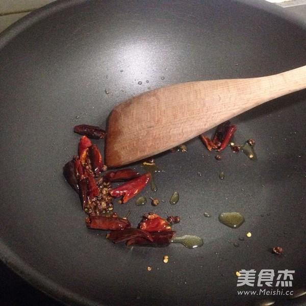 水煮肉片的家常做法