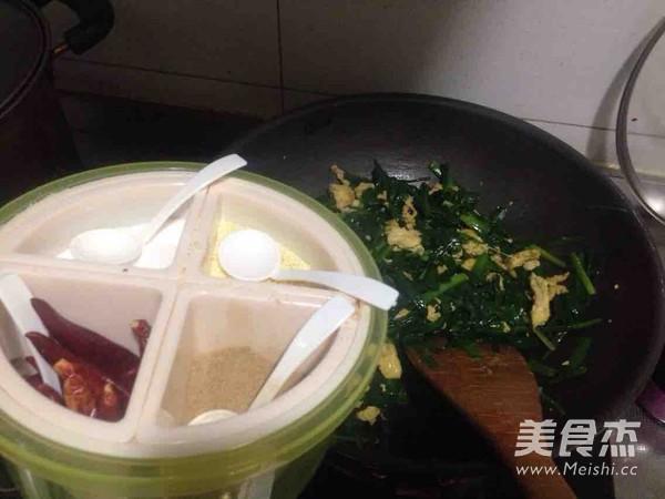 韭菜炒鸡蛋怎么炖