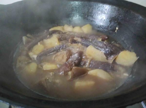 东北土豆炖茄子怎么吃