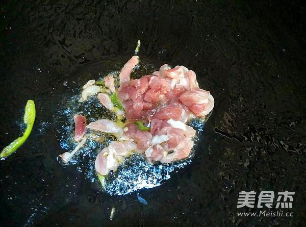 青椒肉丝炒千张的家常做法