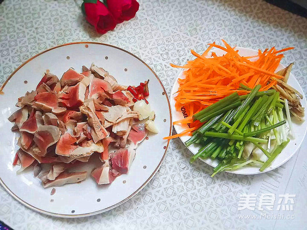 杂蔬炒鸭胗的做法大全