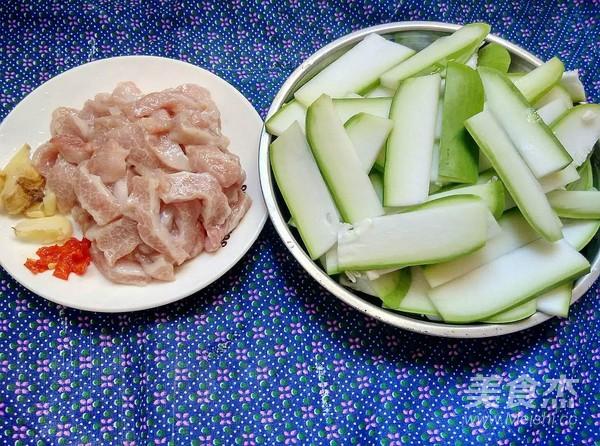 松板肉炒西葫芦的做法大全