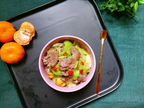 牛肉炒包菜怎么做