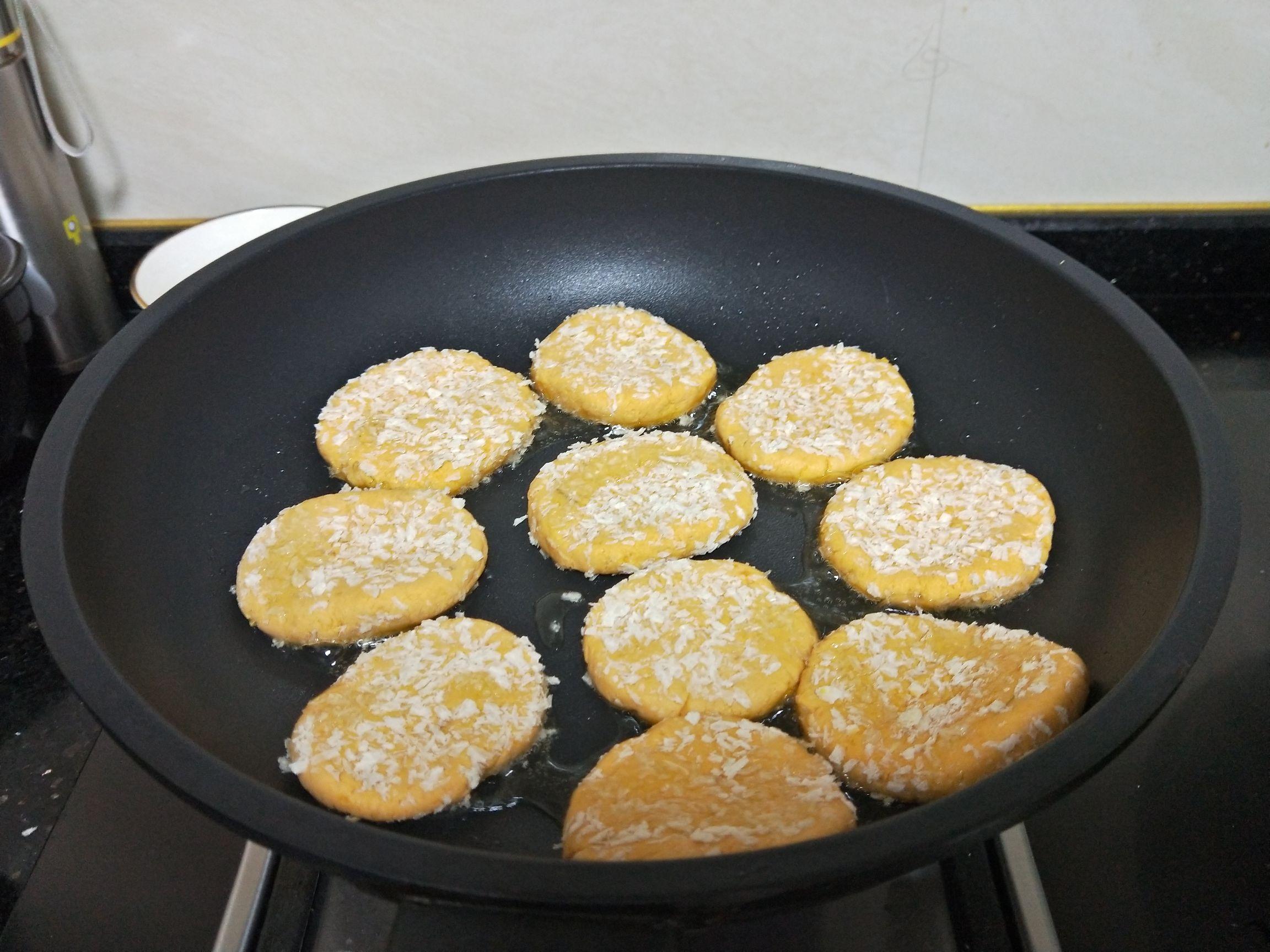脆皮红薯饼怎么煮