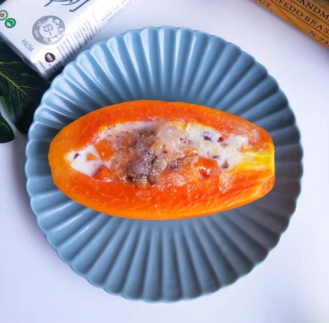 牛奶木瓜炖燕窝成品图