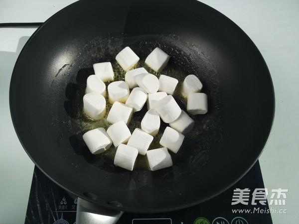 蔓越莓花生牛轧糖的家常做法