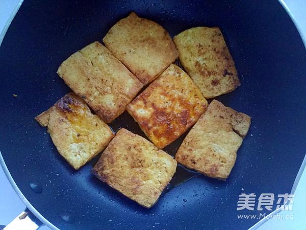 沙茶豆腐怎么煸