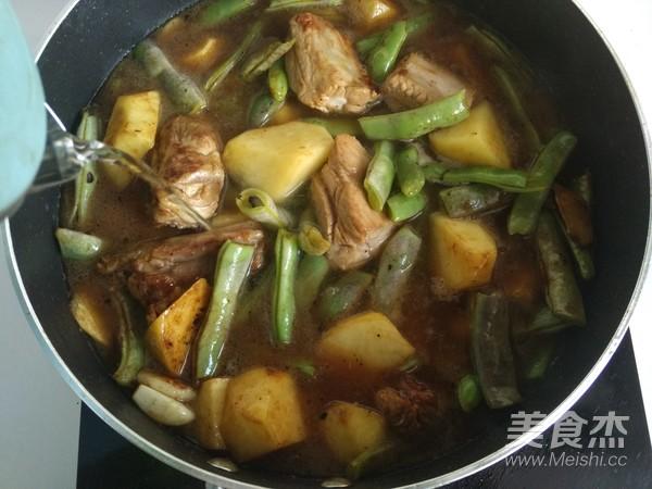 排骨粉条炖豆角~东北菜怎么做
