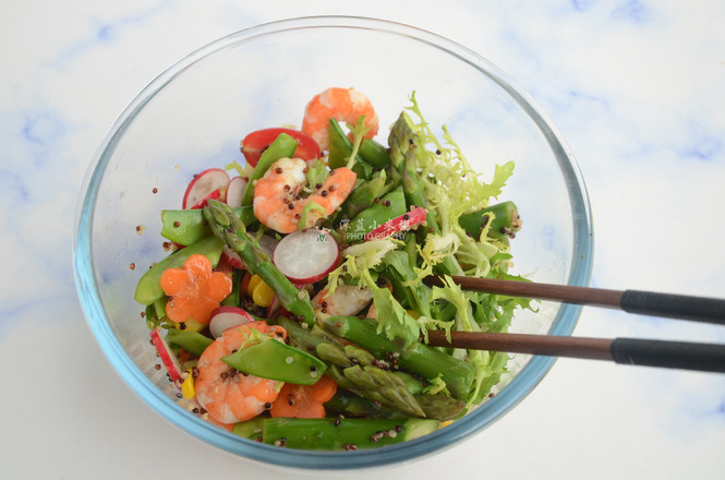 藜麦虾仁蔬菜沙拉的制作方法