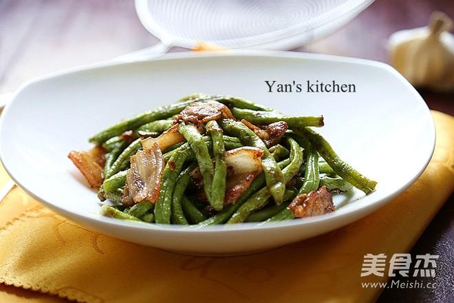 10分钟家常快手菜-五花肉煸豇豆的简单做法
