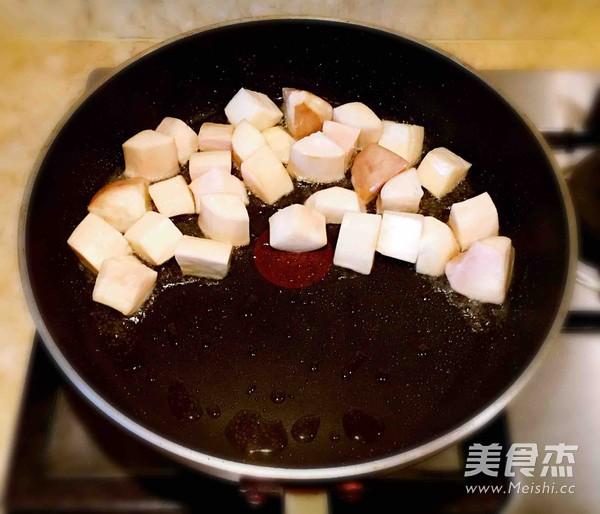 杏鲍菇黑椒牛肉粒的简单做法