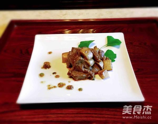 杏鲍菇黑椒牛肉粒怎么炒