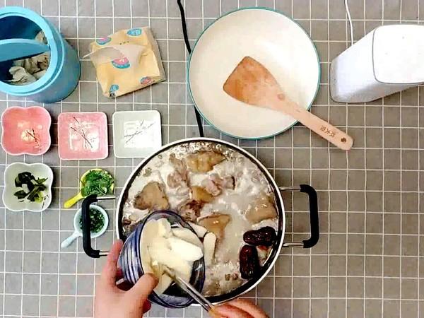 山药花生芸豆猪蹄汤的做法怎么煸