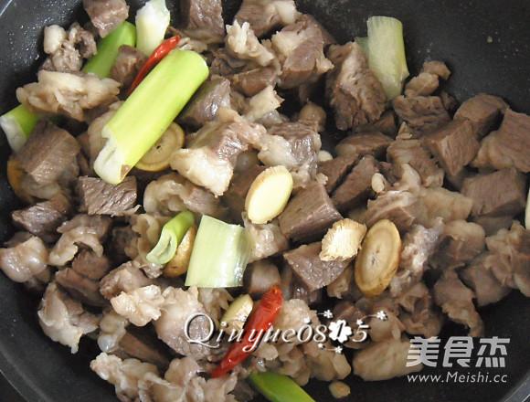 牛肉炖冻豆腐怎么做