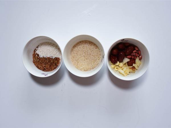 胚芽米杂粮腊八粥的做法大全