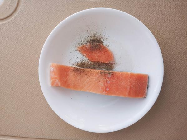 香煎三文鱼的家常做法