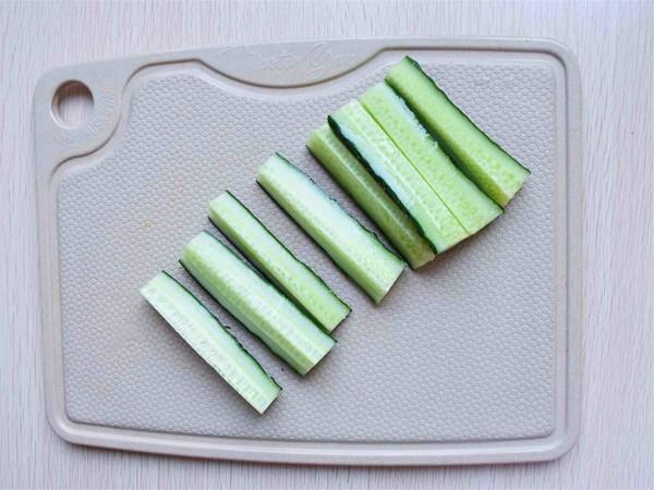 腌制黄瓜丝的简单做法
