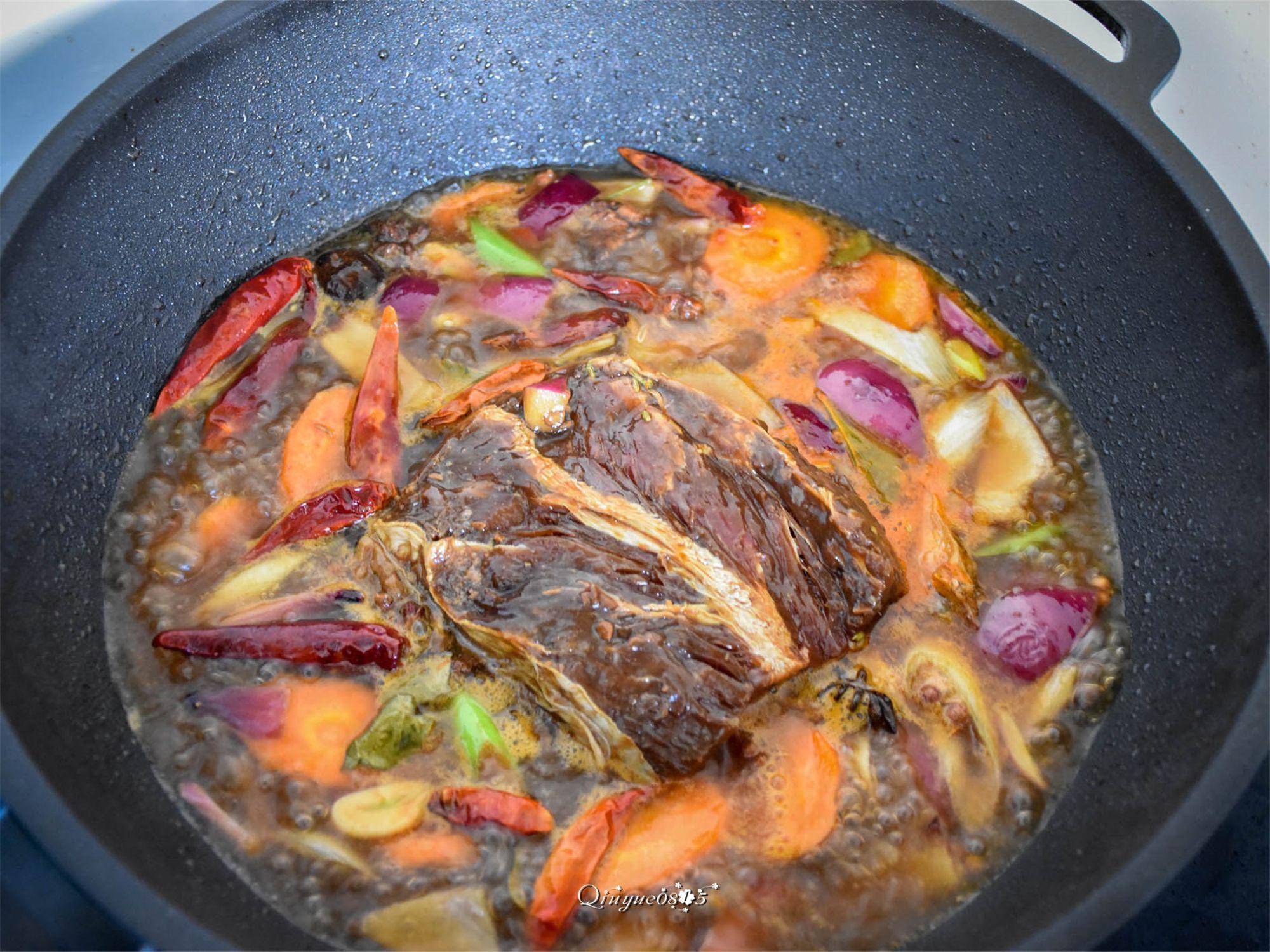 和老厨师学做酱牛肉,年夜饭妥妥的C位菜怎么煮