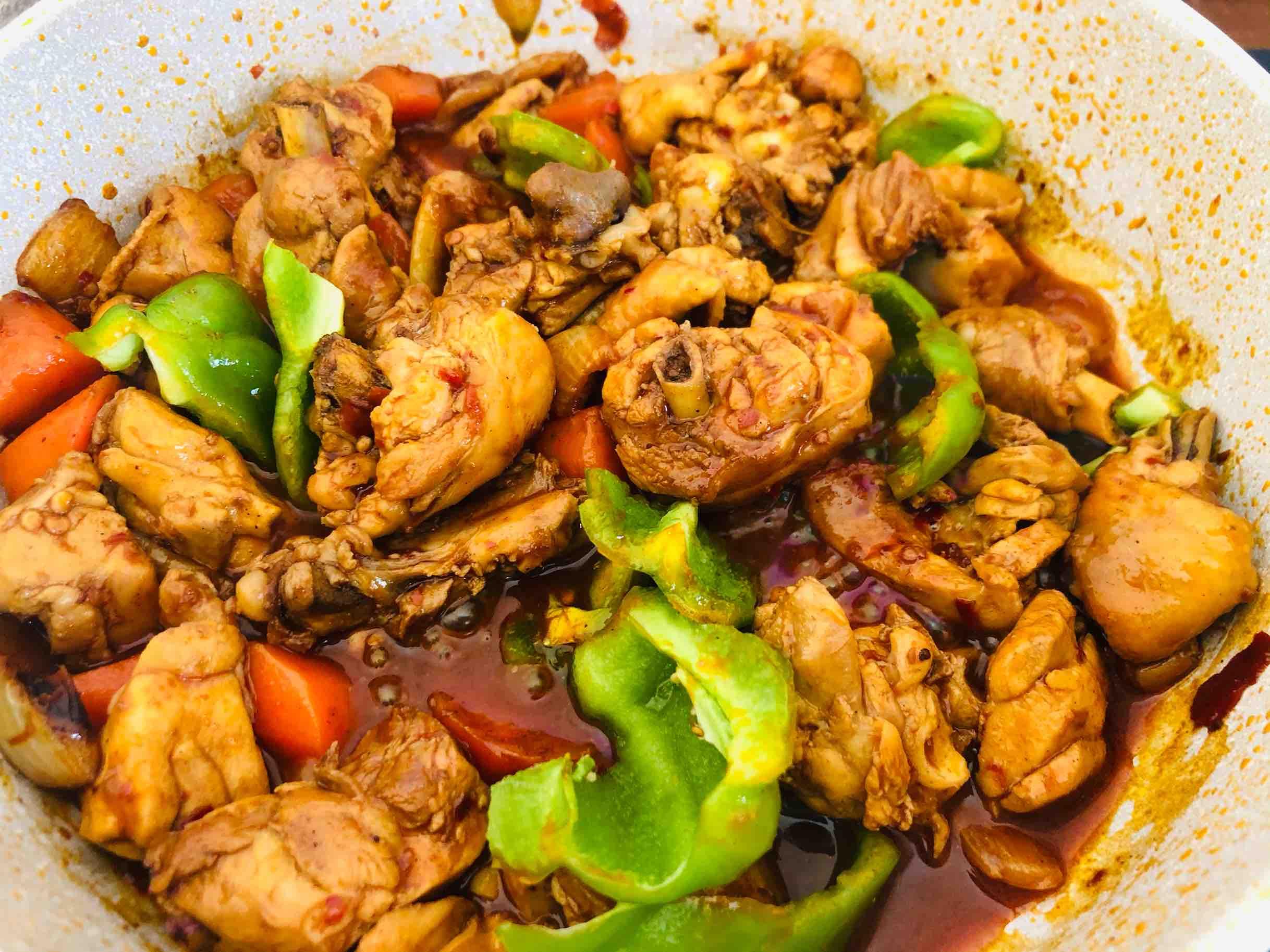 火锅鸡的家常做法,香辣过瘾简单易做,配米饭太下饭啦怎样炒
