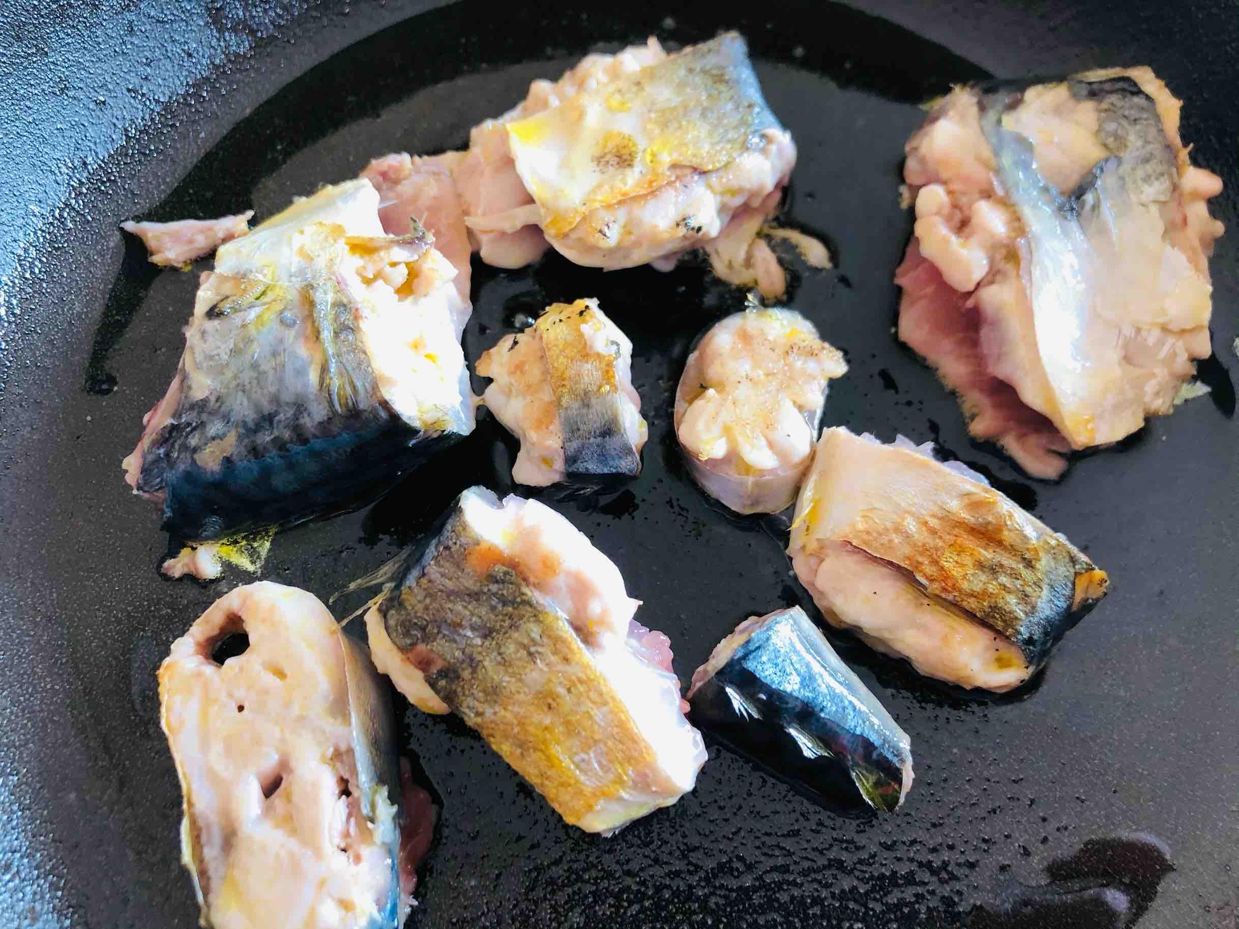 鲅鱼炖豆腐怎么吃