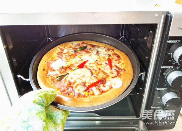 海陆至尊披萨的制作方法