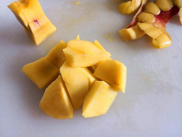 黄桃糖水的做法图解