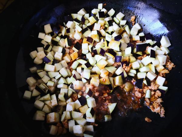 肉末茄子盖饭怎么炒