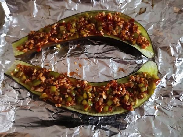 蒜香烤茄子的简单做法