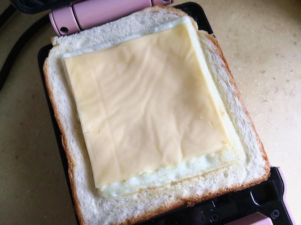三明治怎么吃