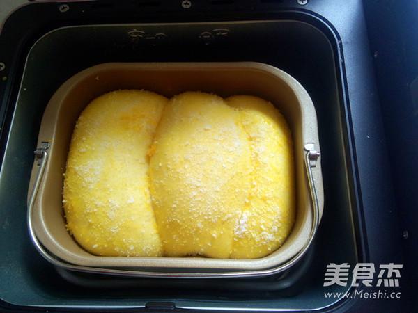 面包机版拉丝椰蓉吐司怎么煸