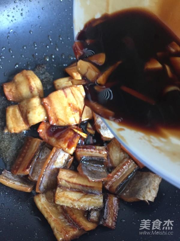 红烧鳗鱼干怎么炒